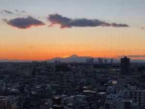 室内からの富士山