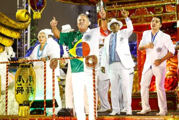 13/02/2015 - São Paulo - Brasil - Carnaval - A escola de Samba Águia de Ouro, durante o Carnaval 2015 de São Paulo, no Sambódromo do Anhembi. Foto: Marcelo Pereira/ LIGASP/ FOTOS PÚBLICAS - Legend in english - Sao Paulo, BRAZIL - CARNIVAL - Águia de Ouro samba school parade, in the Anhembi Sambodrome for the carnival in Sao Paulo 2015. Foto: Marcelo Pereira/ LIGASP/FOTOS PÚBLICAS